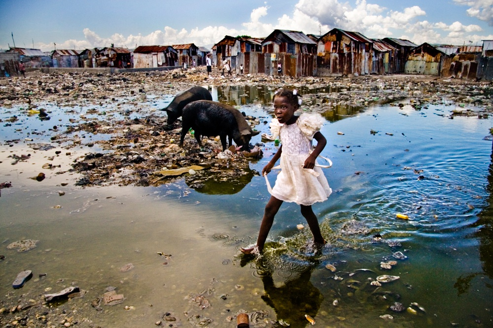 UNICEF Photo of the Year 2008: Surviving in Haiti