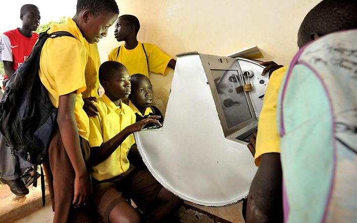 Uganda: Innovativer Solarcomputer